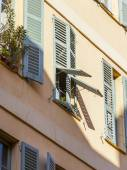 Nice, France, on March 7, 2015. Typical architectural details of historical building — Stock Photo