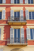 Nice, France, on March 11, 2015. Down town, typical architectural details in Provencal style — Foto de Stock
