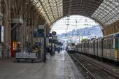 Nice, France, on March 10, 2015. The train costs at the platform of the city station — Stockfoto