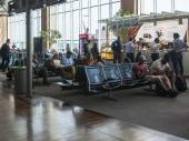 VENICE, ITALY, on MAY 5, 2015. Marco Polo's airport, hall of departures. Passengers expect the announcement of the beginning a boarding into the plane — Stock Photo