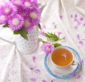 Cornflower tea with bouquet — Stock Photo