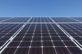 Zestaw kolektorów słonecznych — Zdjęcie stockowe