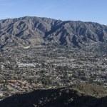 La Crescenta and Mt. Lukins in Southern California — Stock Photo #61990797