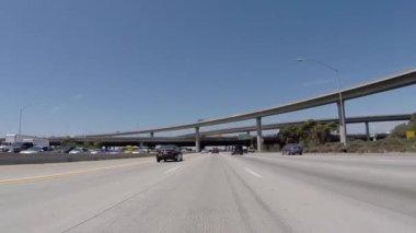 San Diego 405 Freeway North at 105 Freeway near LAX — Stock Video