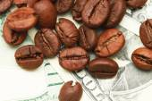 One hundred dollar bill made of coffee beans isolated over white background — Stok fotoğraf