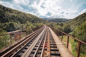 View from the railway bridge in Yaremche. Ukraine — Stock Photo