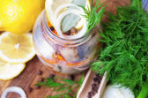 Marinated herring in a jar — Stockfoto