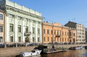 Embankment of the Moyka River  in Saint Petersburg, Russia — Zdjęcie stockowe