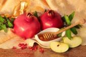 謹賀新年記号 - 蜂蜜、リンゴとザクロ — ストック写真