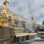 Fountains Grand cascade in Pertergof, neighborhood of Saint-Petersburg — Stock Photo #56174921