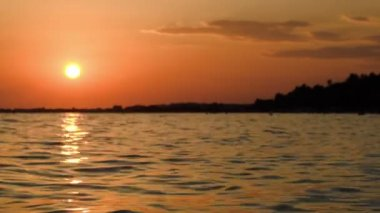 Sunset Over Wavy Sea — Wideo stockowe