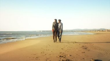 Couple in love walking — Stock Video