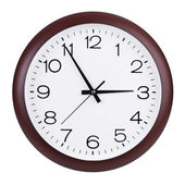 Round clock shows five minutes to three — Stockfoto