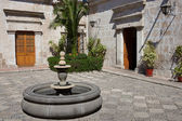 Colonial Courtyard — Stock Photo