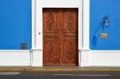 Door in Blue Building — Stock Photo