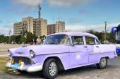 Vintage Chevrolet in Havana — Stock Photo