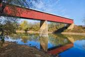Long Red Covered Bridge — Stock Photo