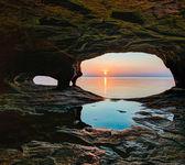 Secluded Sea Cave Sundown — Stock Photo