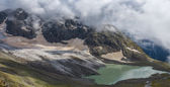 Majestic mountain scene — Stock Photo