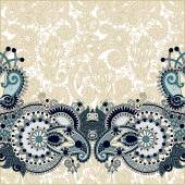 Paisley design on decorative floral background for invitation — Cтоковый вектор