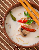 Thai soup with chicken and mushrooms — Stock Photo