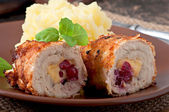 Chicken rolls with mashed potatoes — Stock Photo