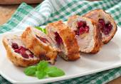 Chicken rolls with cranberries, cheese and honey — Stock Photo
