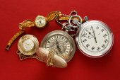 Pocket vintage watch and stopwatch — Stock Photo