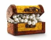 Treasure chest with  pearls — Stock Photo