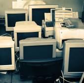 Old computer monitors — Stockfoto