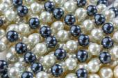 String of black and white pearls — Stock Photo