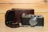Vintage cameraand light meter — Stock Photo