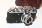 Isolated vintage camera  — Stock Photo