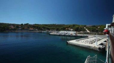 Jadrolinija ferry leaving bay — Stock Video