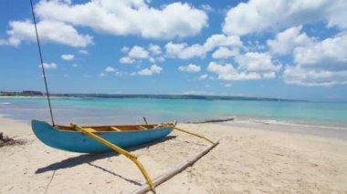 スリランカの伝統的な漁船 — ストックビデオ
