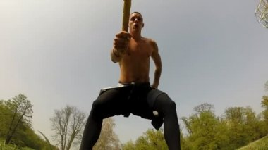 Strong man hitting with hammer — Vídeo stock