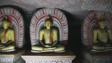 Three sitting Buddhas at the Golden Temple — Video Stock