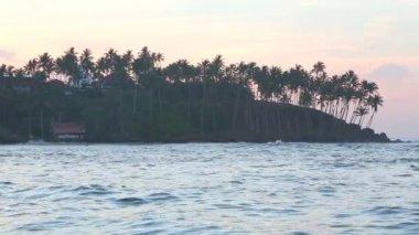 View of beautiful ocean landscape in Mirissa — Stock Video