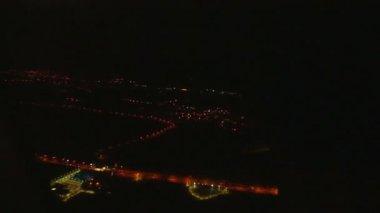 Вид на аэропорт Дохи — Стоковое видео