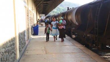 Train station in Nuwara Eliya — Stock Video
