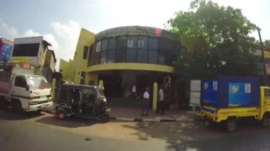 Traffic and Sri Lankan streets from moving vehicle. — Stock Video