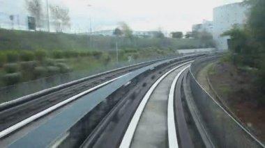 Charles de Gaulle train shuttle service — Stock Video