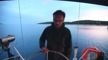 Skipper on sailing boat on Adriatic sea — Stock Video