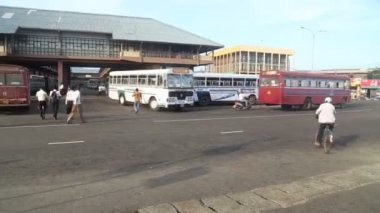 Bus station in Matara — Stock Video