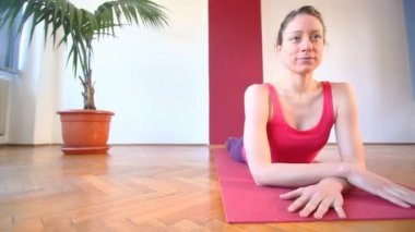 Young yoga instructor in hall — Stock Video