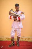 Wedding ceremony musician holds tuba — Stock Photo