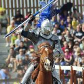 A Victorious Knight at the Arizona Renaissance Festival — Stock Photo
