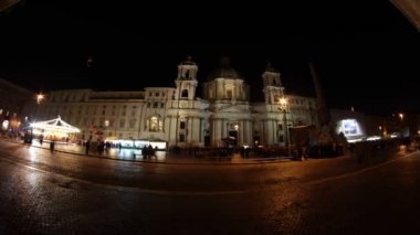 Piazza Navona in Rome at night — Stock Video