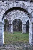 Stone arch entrance — Stock Photo
