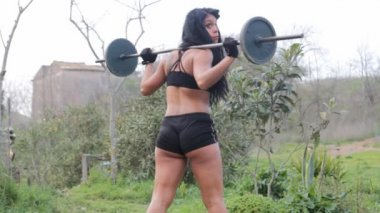 Young sporty fitness woman — Vídeo stock